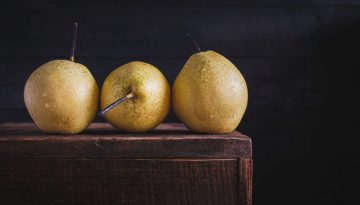 stock-photo-3-pears-150014779